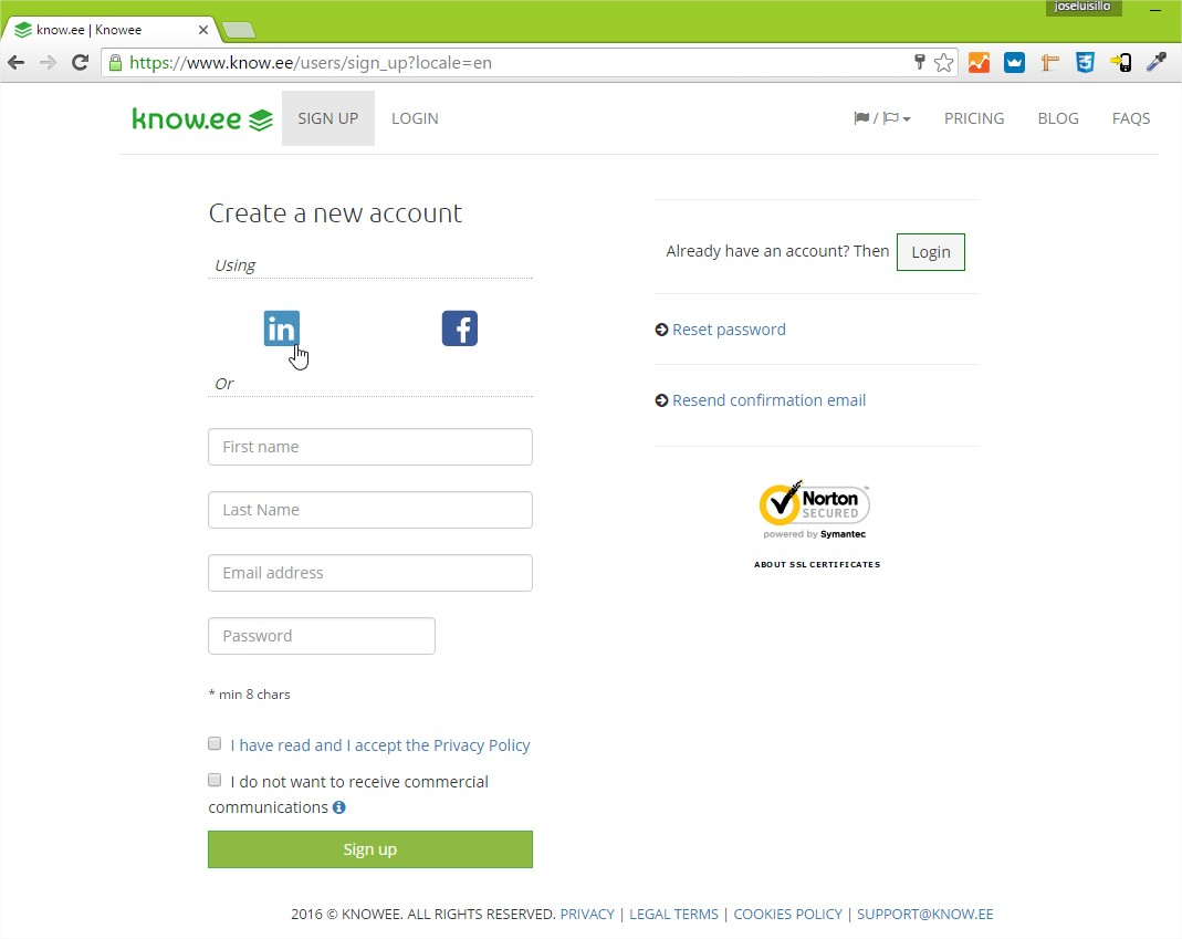 Knowee Demo - Register with Linkedin, Facebook or email