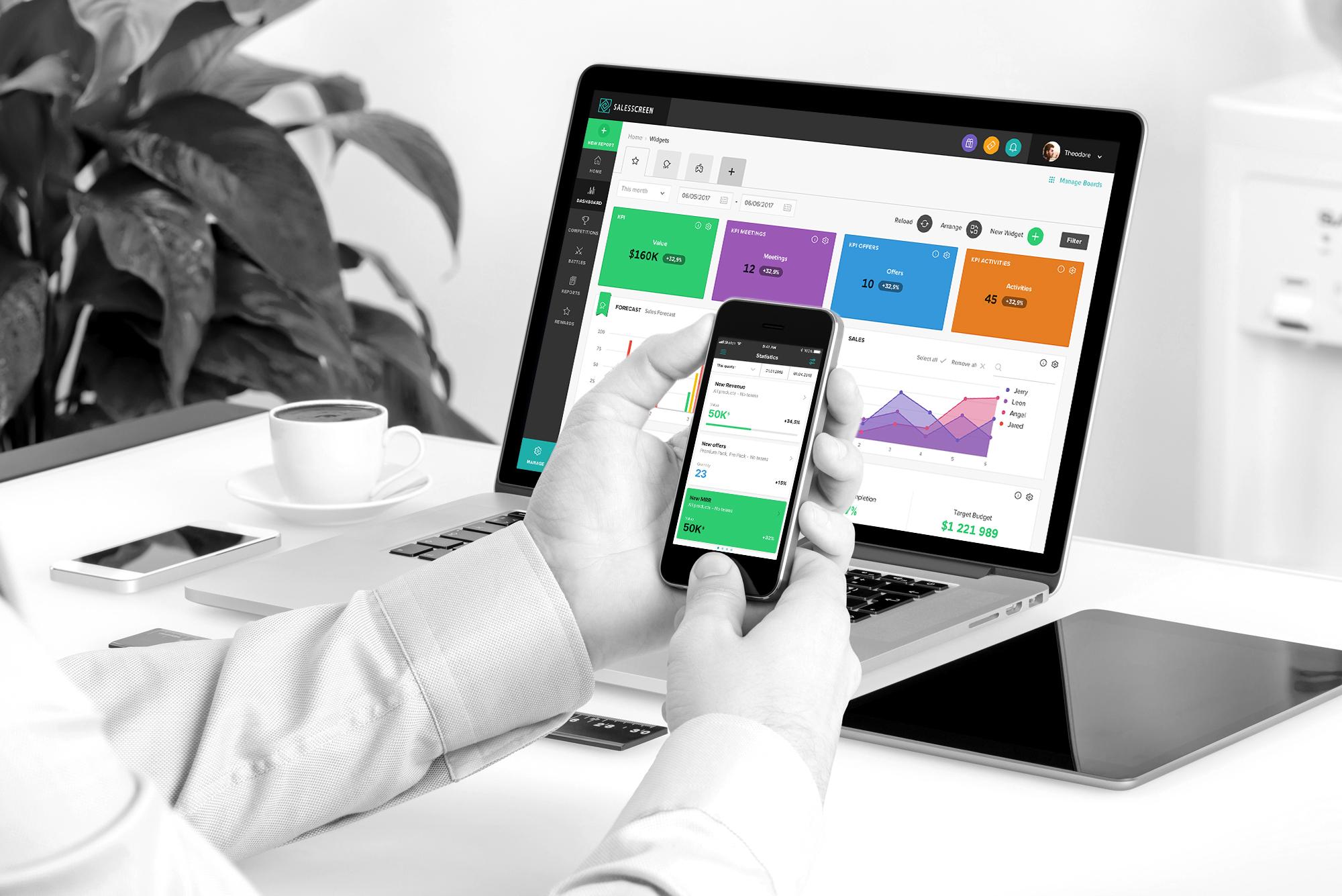 SalesScreen Demo - SalesScreen-office-bw.jpg